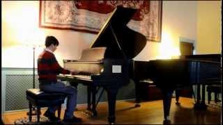 Beethoven:  Moonlight Sonata 2nd Movement