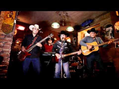En La Barra - Coyote Country Music