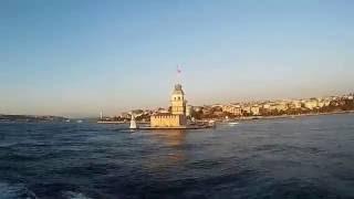 Motor ile Kadıköye Gidiş. kız kulesi içerir