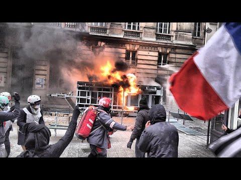 """""""Grève Générale: Un Gouvernement En Guerre Contre Son Peuple"""""""
