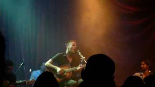 Asaf Avidan & The Mojos Live(Unplugged) - Weak
