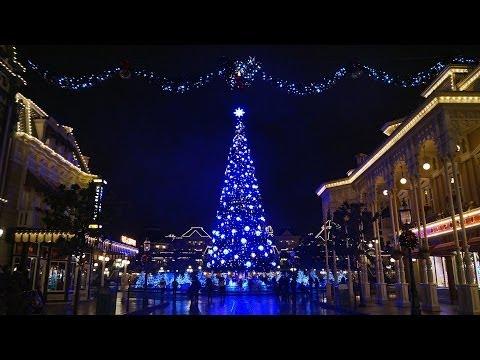 Disneyland Paris Magical Christmas Wishes Show