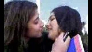 Repeat youtube video Sexy Arab Gal friends kiss