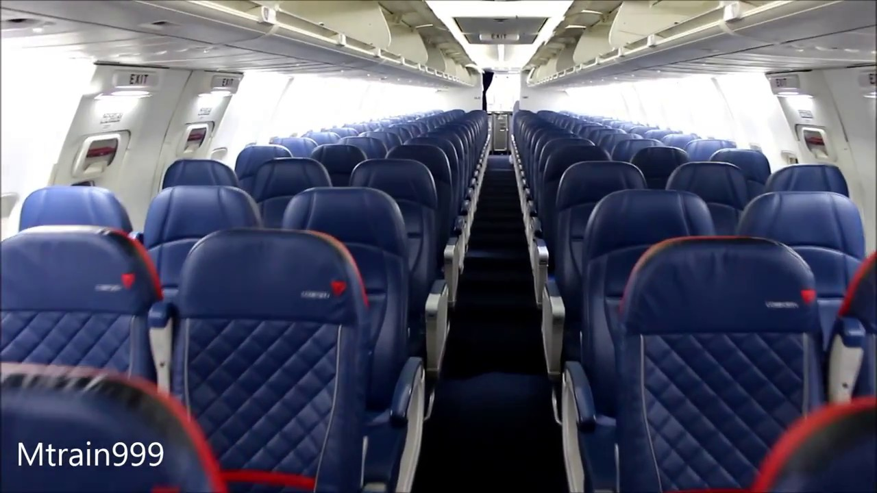 Boeing 737 800 aircraft inside image - Boeing 737 800 Aircraft Inside Image 41