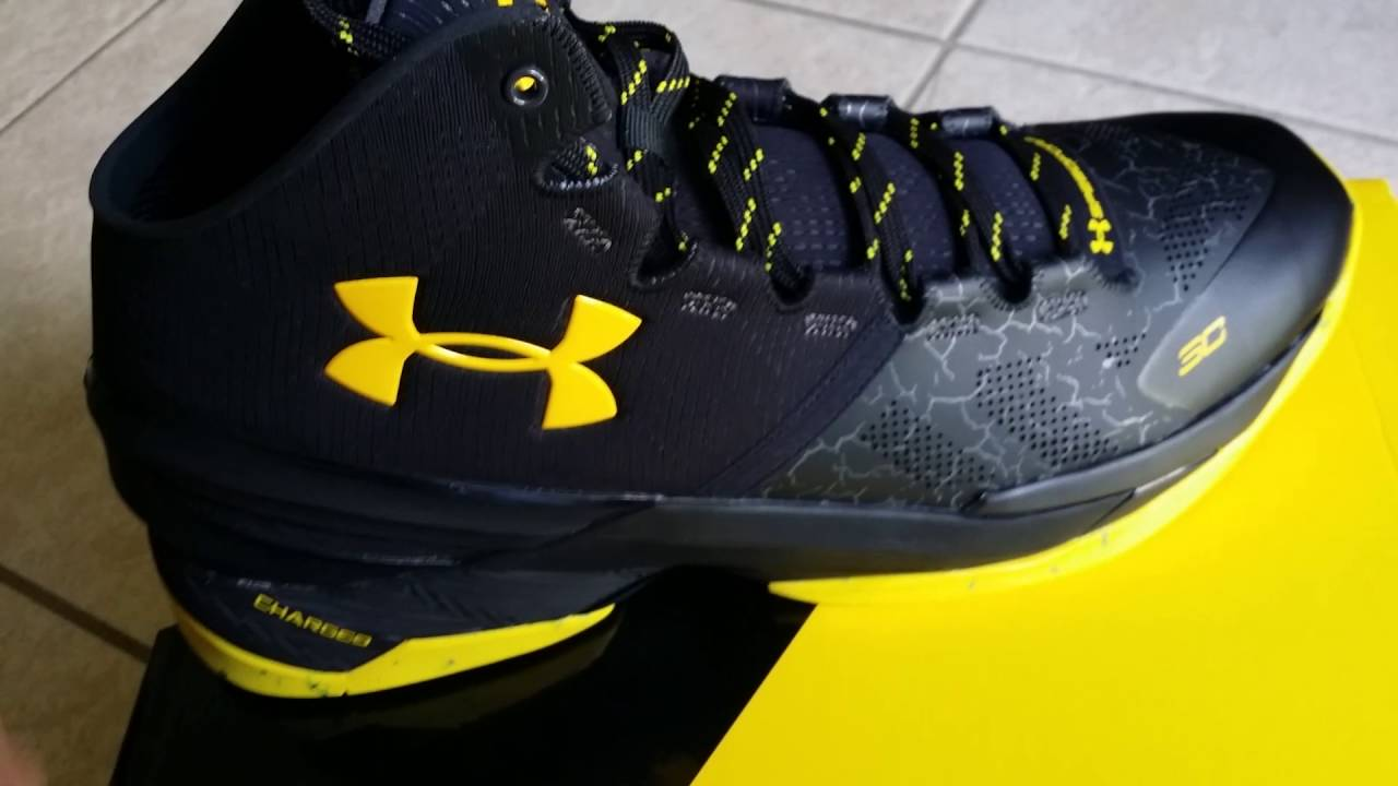 c9bcffc668c0 UNDER ARMOUR CURRY 2