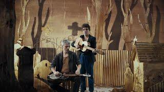 NICOLAS MORO & NICOLAS JULES : Le fossoyeur (Georges Brassens)