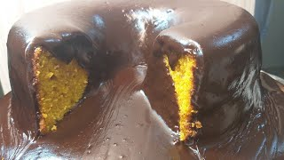 Bolo Mole de Cenoura com Cobertura de Chocolate