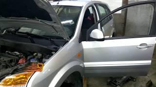 видео Замена салонного фильтра на Ford Fusion