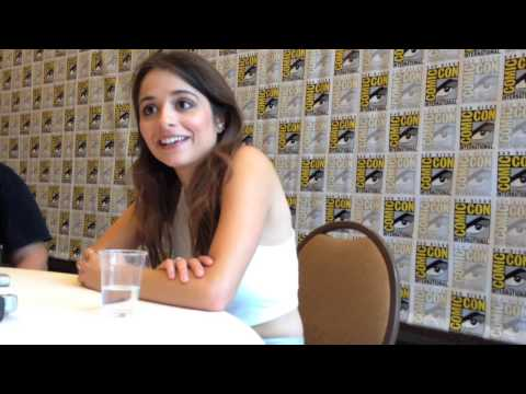 'Defiance' star Stephanie Leonidas discusses how playing Irisa has kept her on her toes at SDCC!