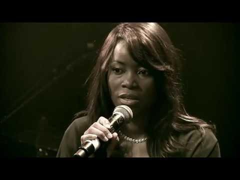 Sandra MBUYI -