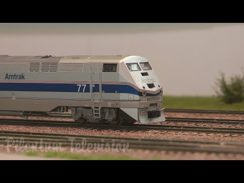 Long Train Running: Spotting Red Caboose, Atlas, Kato and Athearn Model Trains in N Scale