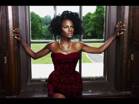 Let the music play - Noisettes - Contact 2012