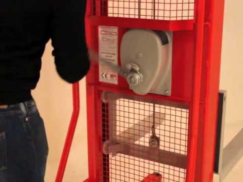Manual Industrial Winch Stacker