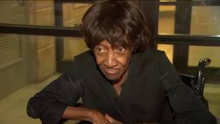 B**ch don't even know me!' 86-year-old Bronx woman in wheelchair has harsh words for purse thief