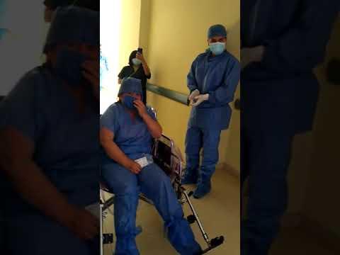 Entre aplausos, dan de alta a paciente con Covid-19 en Hospital de Tlalnepantla