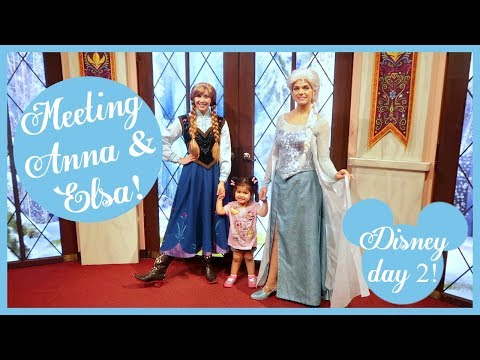 Meeting Frozen's Anna & Elsa California Adventure! | Disneyland vlog day 2!