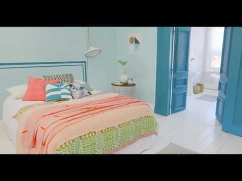 Bedroom Ideas: A Coral & Teal Colour Scheme with Dulux