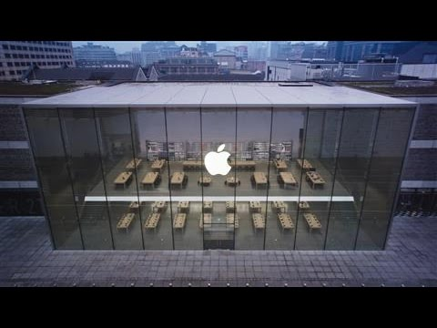 Apple Reports Revenue Decline