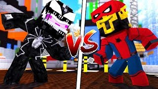 KIT DE VENOM VS KIT DE SPIDERMAN EN MINECRAFT 😈⚔️🕷️ ¿QUIÉN GANARÁ?