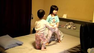 3yrs old playing Wii dancing game Nickelodeon Dance