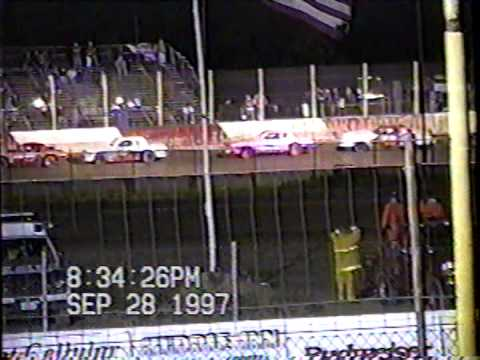 Millstream Speedway Stock cars 1997