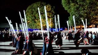 7月30日明治天皇が崩御されて100年にあたり、明治神宮本殿前に手...