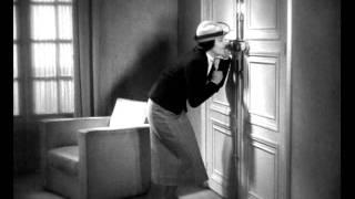 Les perles de la couronne - Sacha Guitry 1937