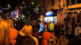 Elsa singing Frozen at Staylbridge Light Switch On
