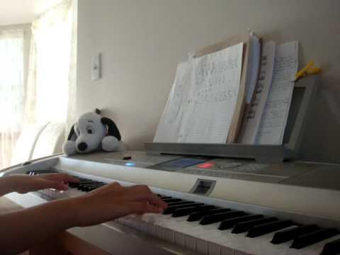 Doi Mat (Wanbi Tuan Anh) on Piano