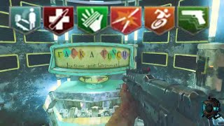 Black Ops 3 Zombies: The Giant - 6 Perks & Gumball Opening!