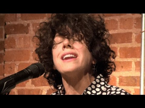 LP (Laura Pergolizzi) Other People LIVE @ Bottom Lounge Chicago 2/21/2017
