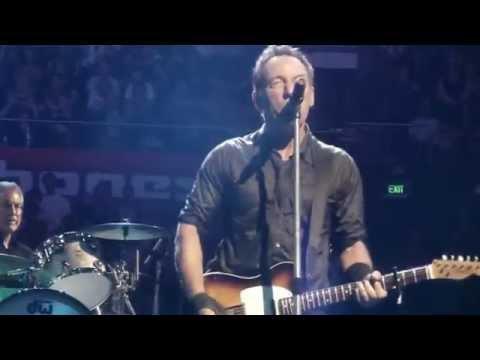 "Bruce Springsteen - INXS' ""Don't Change"" (Sydney 02/19/14)"