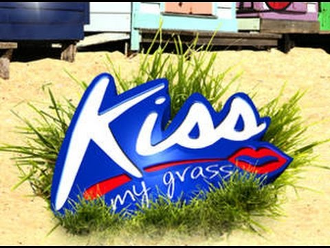 Paris Wells | Kiss My Grass 2010 | Rock City Networks
