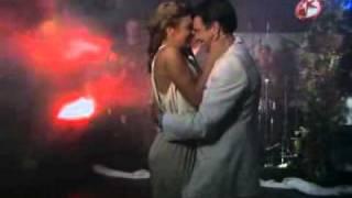 Gambar cover Renata y Jeronimo (CuandomeEnamoro). Enrique Iglesias y Juan Luis Guerra