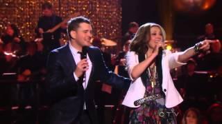 Michael Bublé Duet With Thalía - Mis Deseos/Feliz Navidad [NBC 2011]