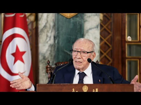 Tunisia's President Essebsi rushed to hospital after 'serious health crisis'