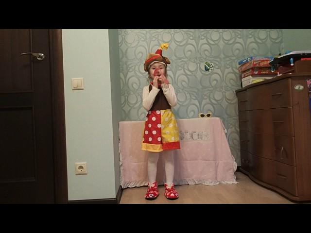 Изображение предпросмотра прочтения – ТатьянаПрошина читает произведение «Мартышка и очки» И.А.Крылова