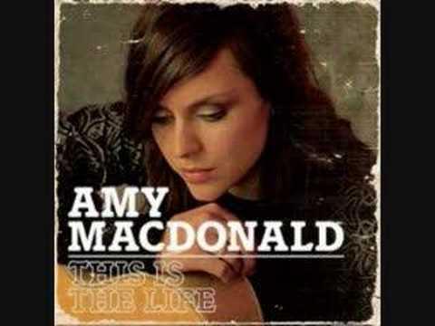 Amy MacDonald - Footballer's Wife