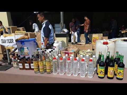 Kepolisian Berhasil Sita 4.314 Botol Miras Oplosan, 2.300 di Antaranya Berupa Ciu Mp3