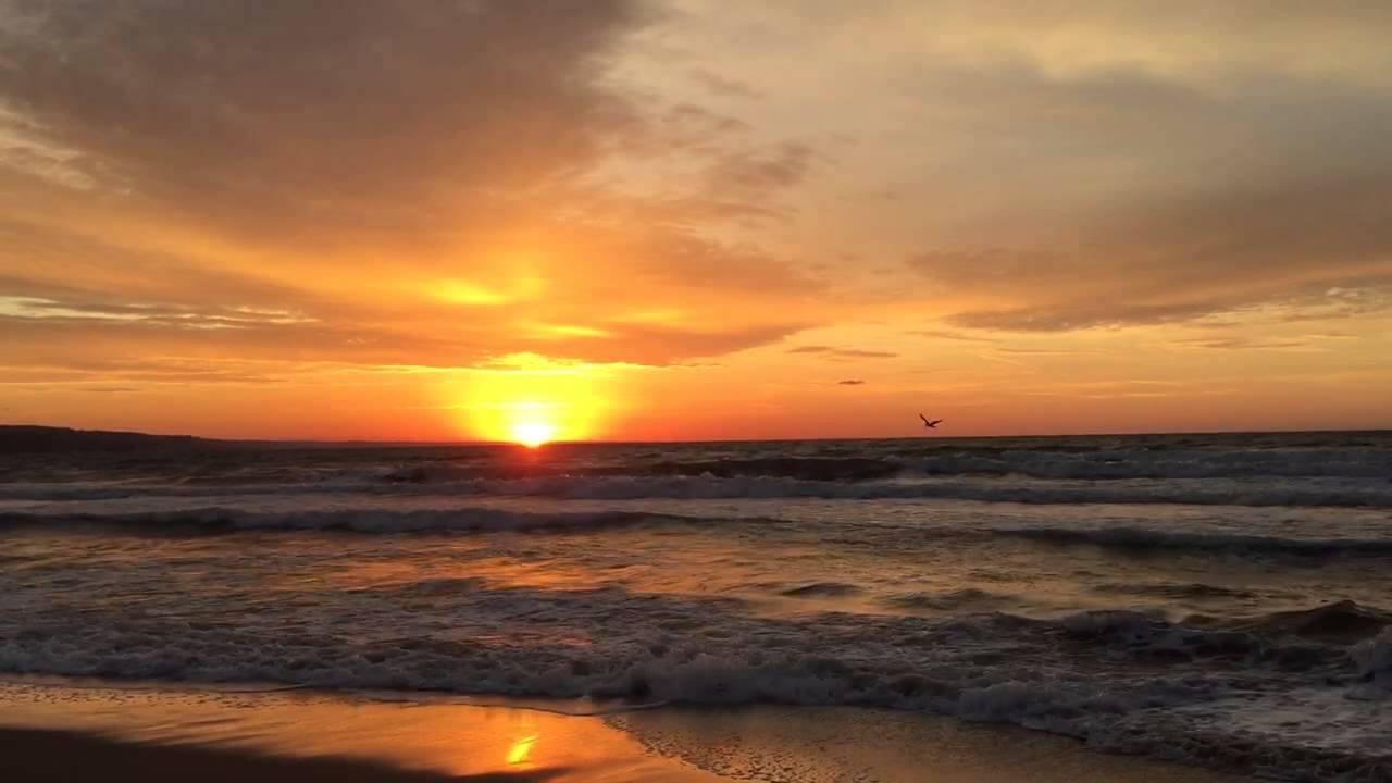 2015 Best And Most Beautiful Sunrise At The Seaside