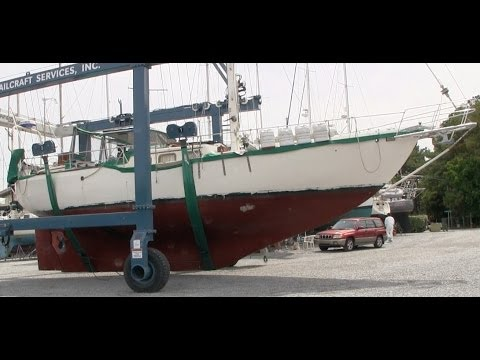 DrakeParagon S1E06: Installing the Bowsprit, Stepping the Mast, and Hauling Out