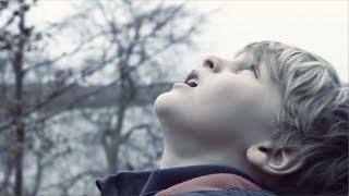 Bag Horisonten - Kristian UFO Humaidan feat. Esben Svane (Officiel musikvideo)
