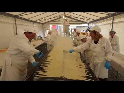 Éxito de la Festa do Freixó en As Pontes con más de 4.000 freixós preparados
