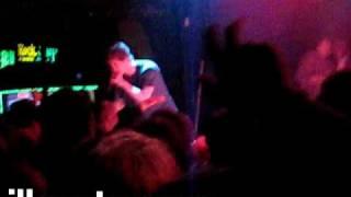 Asher Roth - La Di Da (Live)