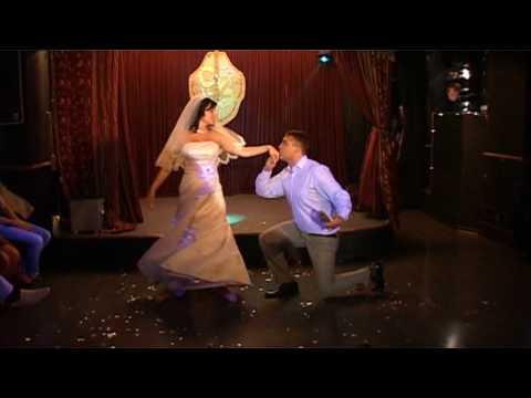 Оригинальный и красивый свадебный танец
