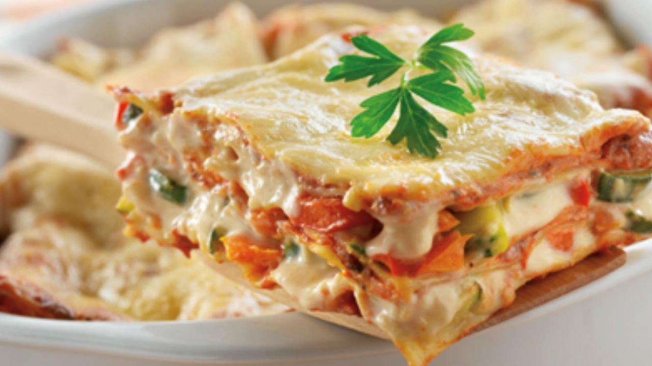 Prepara una deliciosa lasa a de alcachofas y champi ones - Como hacer alcachofas en salsa ...