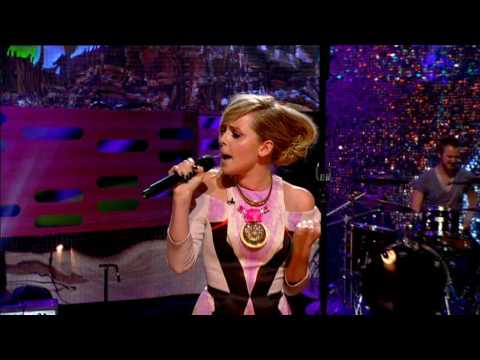 Diana Vickers  The Boy Who Murdered Love & Interview  Graham Norton Show  20100531