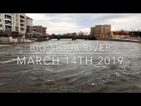 SIOUX FALLS, SD HAS FLOODED!! | Falls Park | Big Sioux River March 14TH 2019