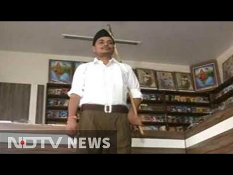 10,000 khaki pants arrive at RSS office, shorts to retire in October