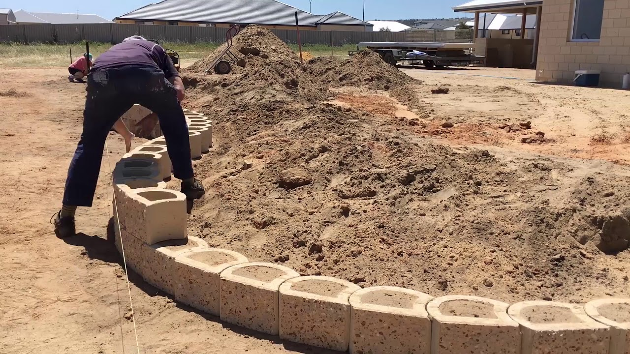 How to build a Terra Force retaining wall   The Blockmakers